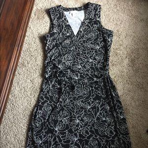 Ann Taylor LOFT floral wrap dress size 8